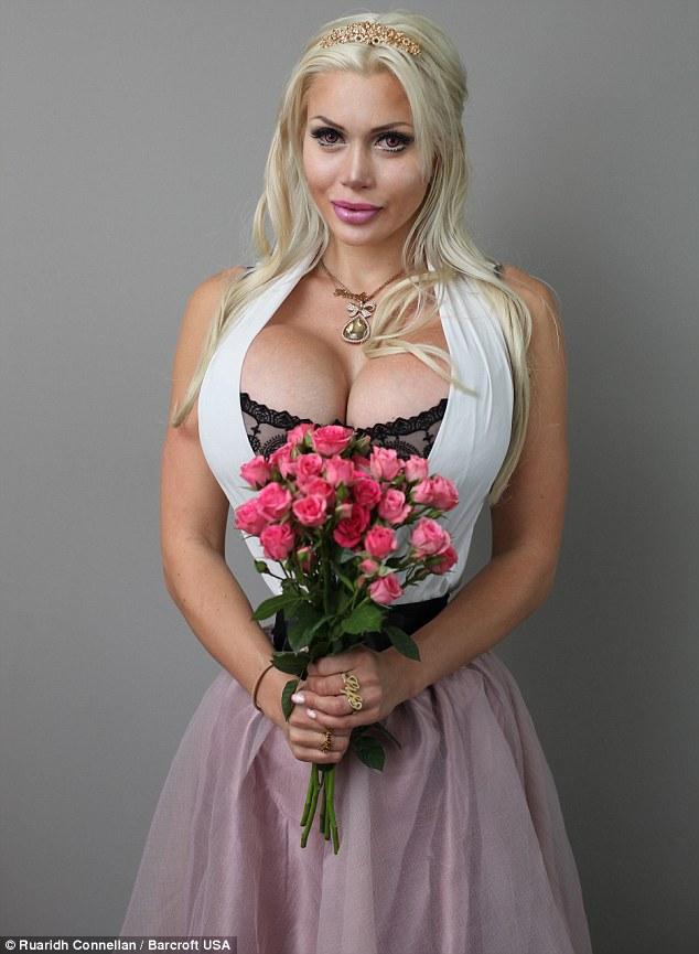 Busty tixie blonde bimbo