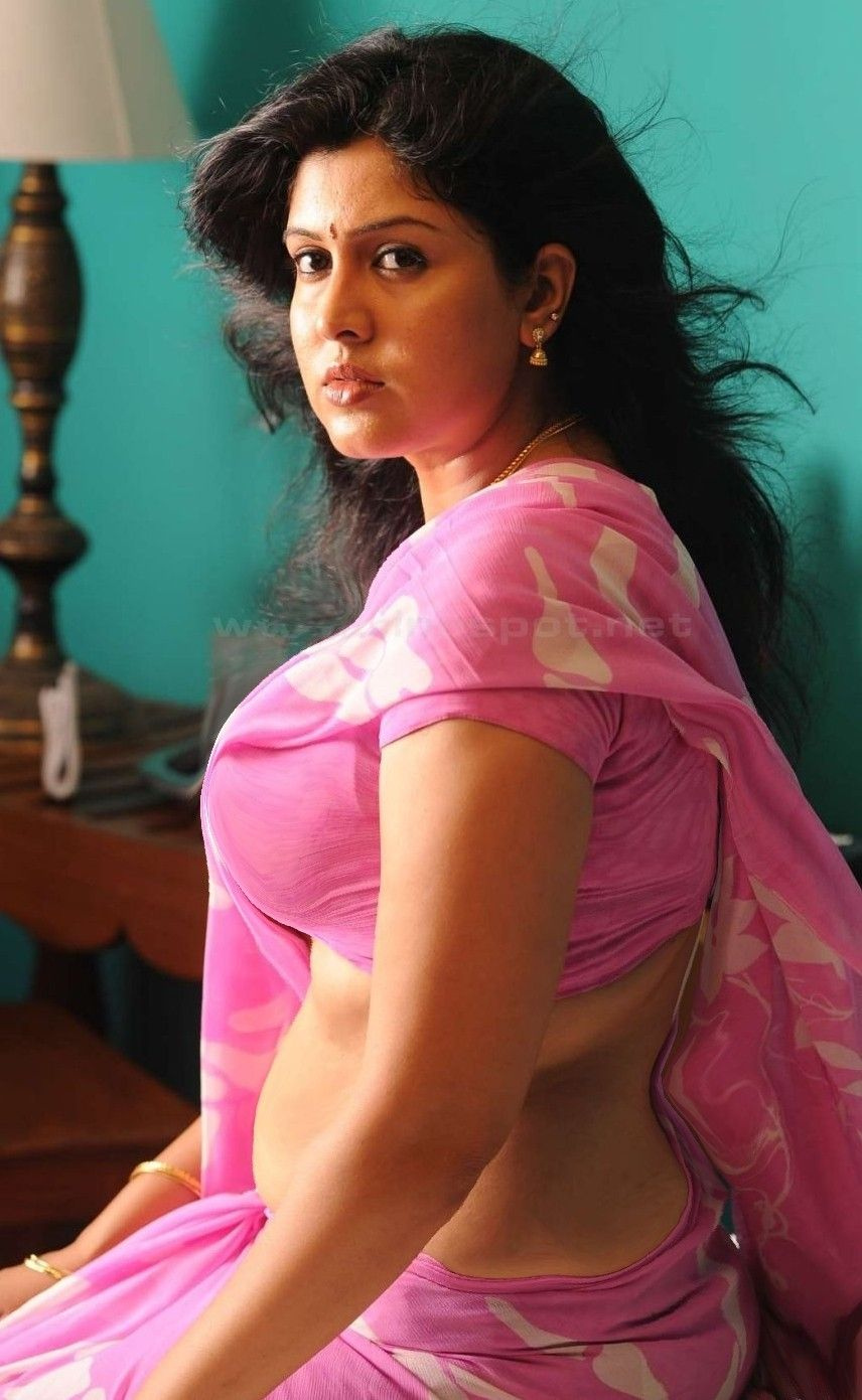 Indian aunty hot hot