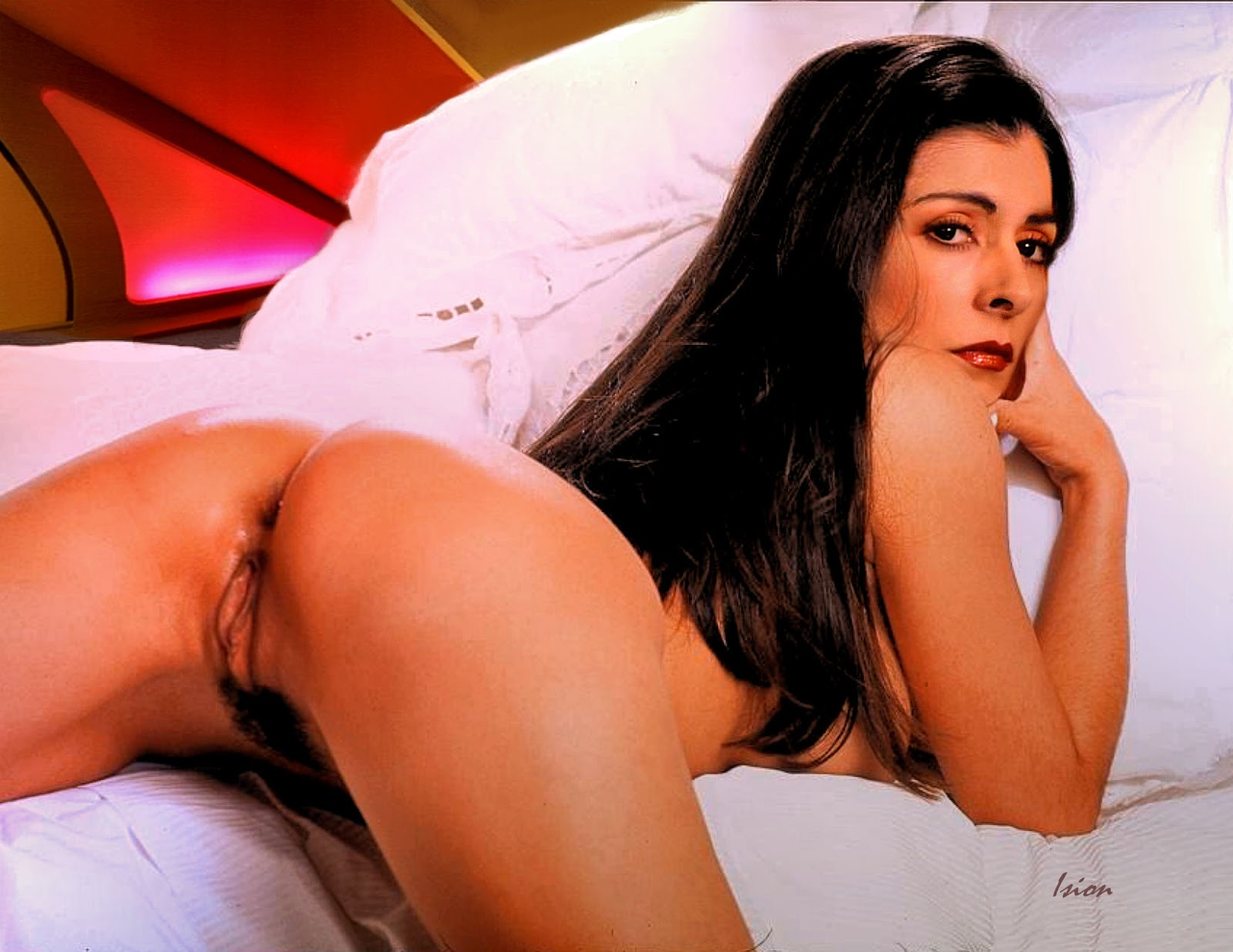 Marina sirtis fake porn galleries