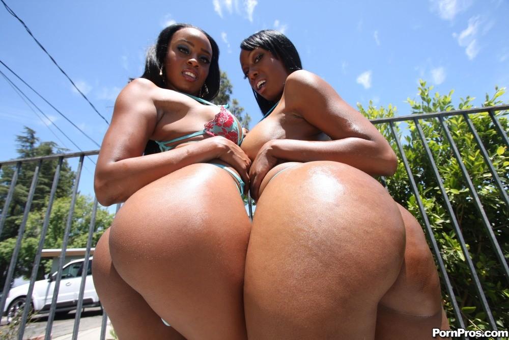 Big. asses black bounce pussy ebony