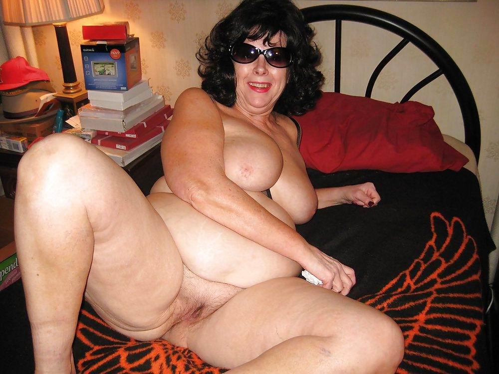 Nude granny amateur old