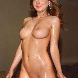 Nude blonde pussy upskirt