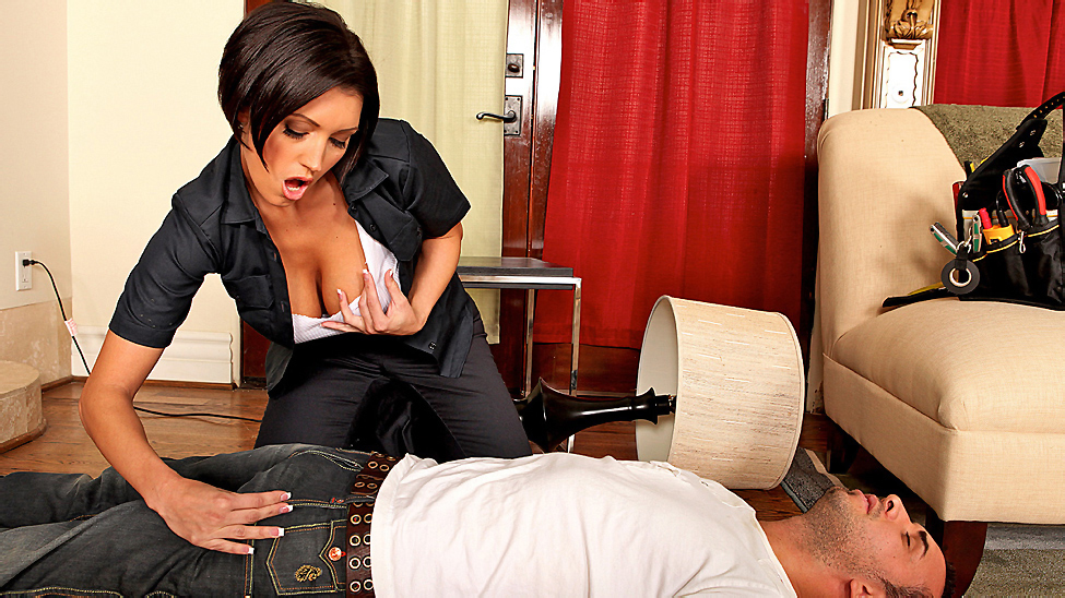 Dylan ryder brazzers big tits in uniform