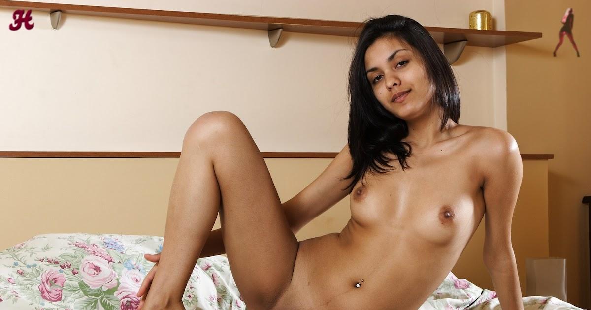 Babita bhabhi nude desi classy strip