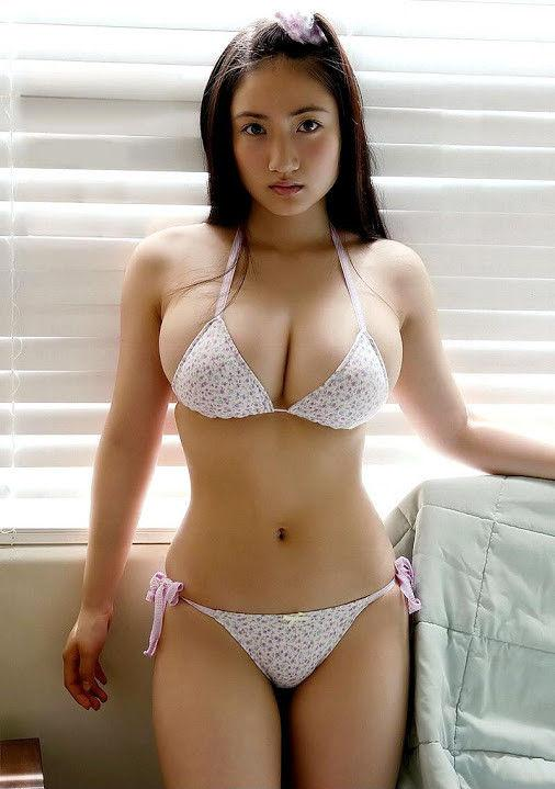 Asian hot japanese girl big tits nude