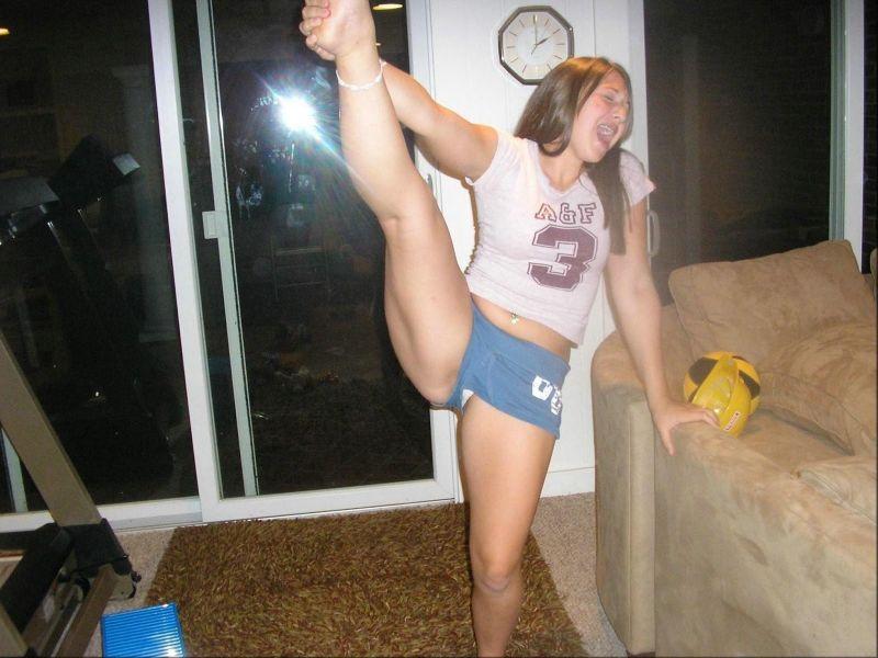 Teen accidental nude
