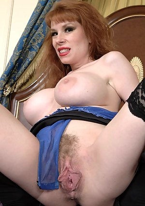 Milf naked cunt pics