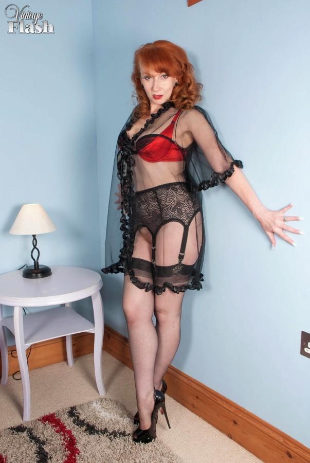 Pretty classy lingerie milf