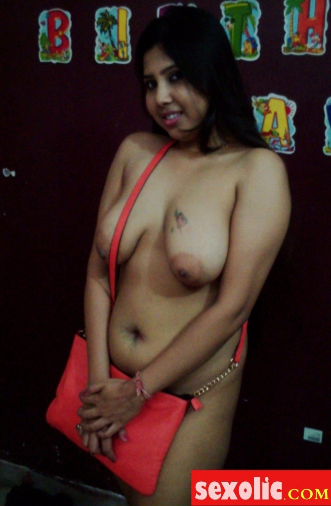 Indian bhabhi boob s photos