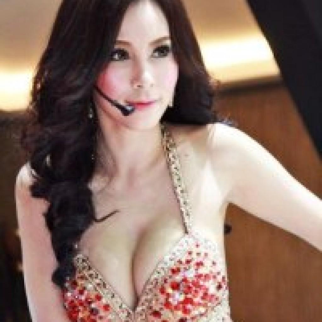 Foto bugil artis indo telanjang