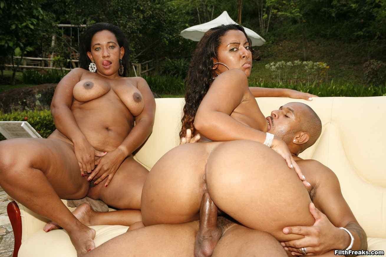 Big booty black mom naked photo