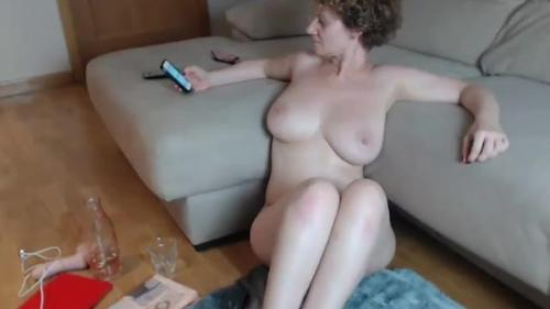 Sexy big tits and ass