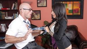 Massage erotisk thai hassleholm