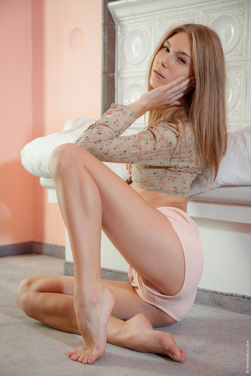 Avery from russia nude photos