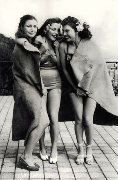 Vintage nudist naturist girls