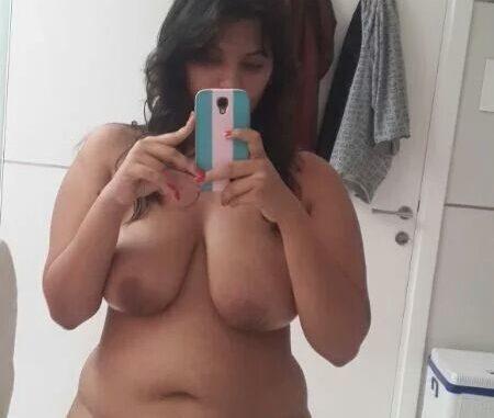 Desi girl nude chubby