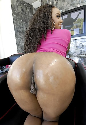 Behind ebony big ass pussy pictures