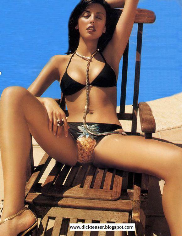 Sexy nude greek women