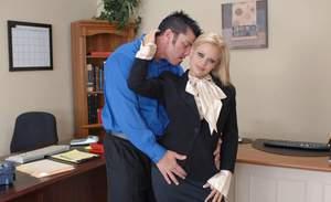Amateur milf wife blowjob