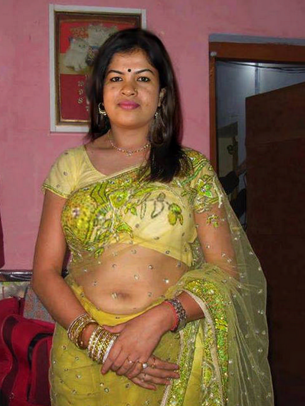 Indian aunties navel naked