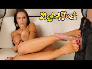 Big tit sexy porn feet