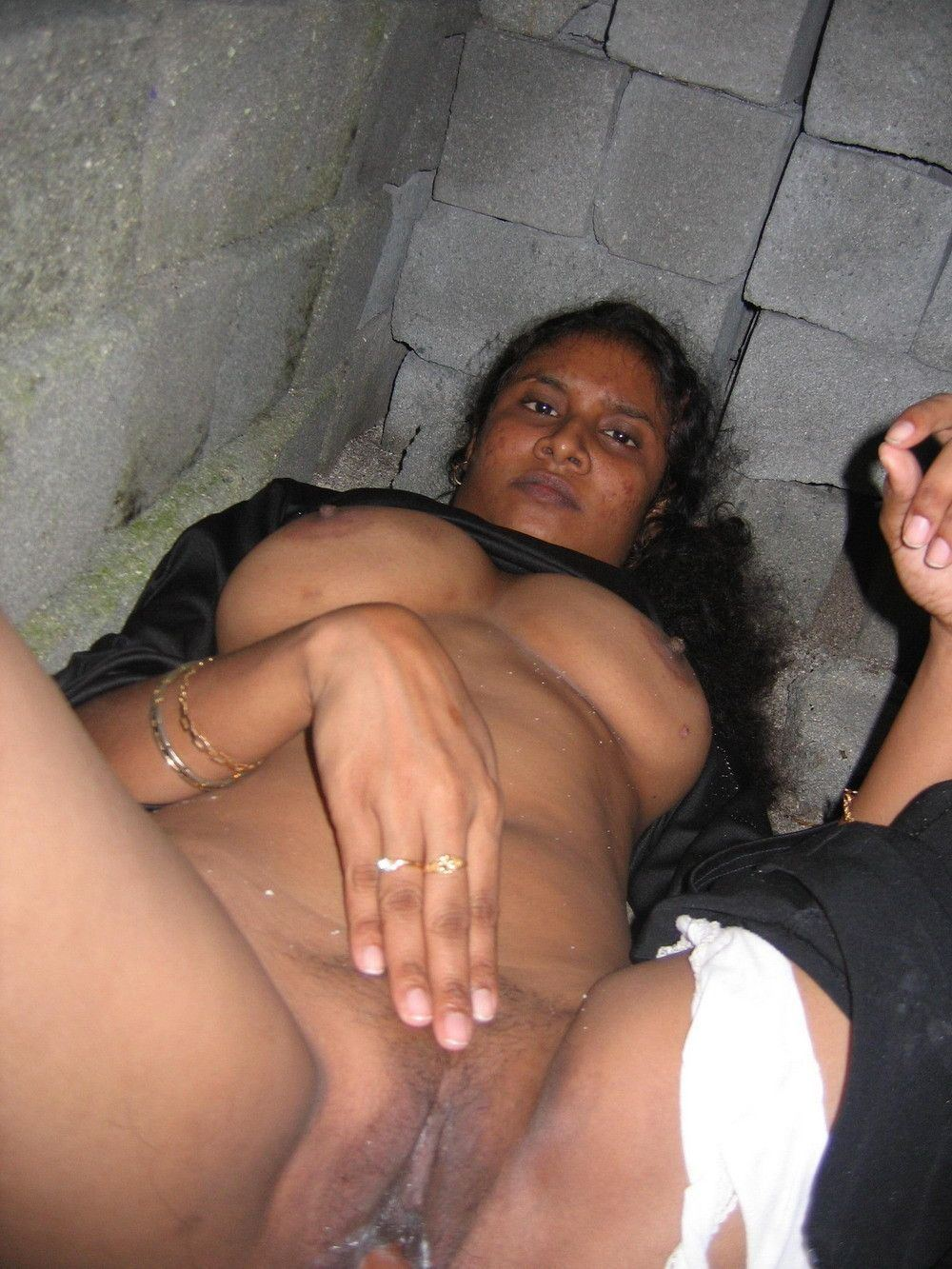 Indian village girls pussy nude sex images