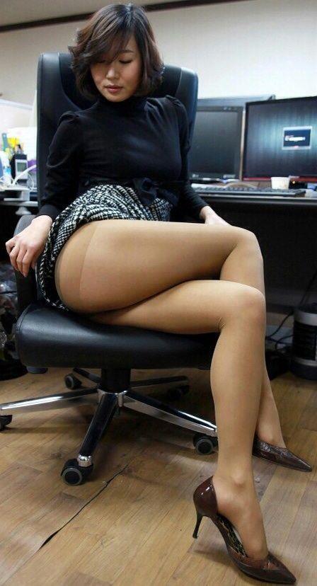 Asian girl nylons stockings