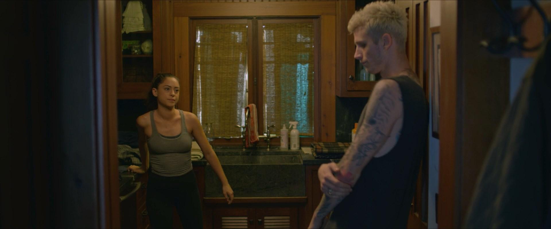 Laurie metcalf nude scene
