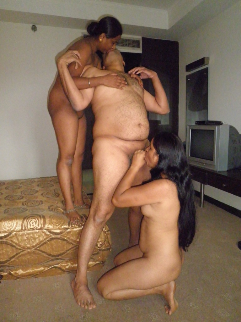 Nude aunty uncle sex