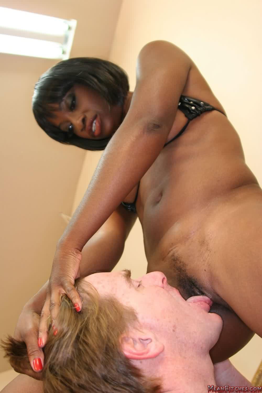 White bitch licking black pussy