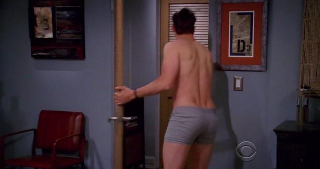 Ashton kutcher naked pic