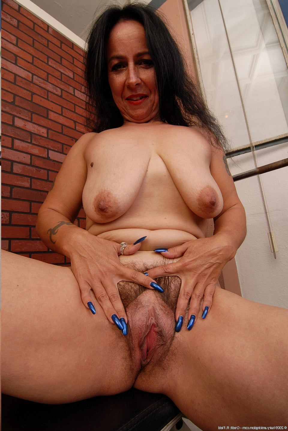 Spread chubby indian pussy