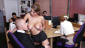 Naija ladies erotic pics