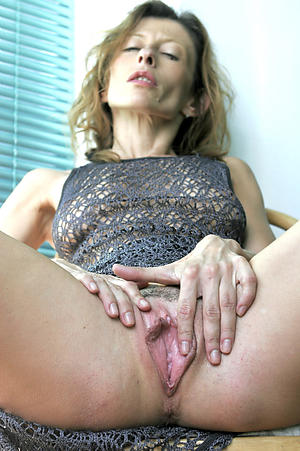 Mature women show vaginas