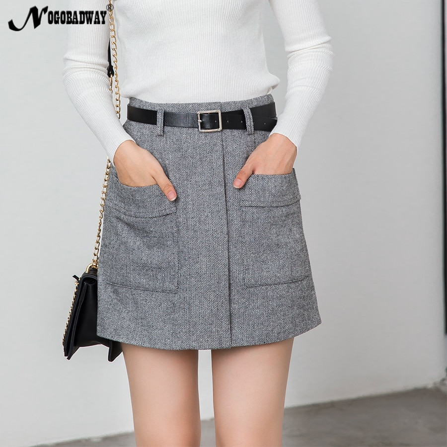 Short thick girls skirt legs with
