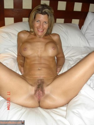 Canadian mature wife nude
