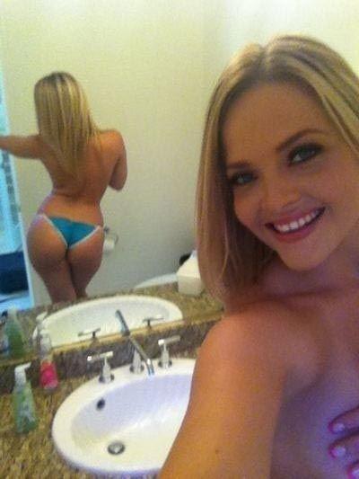 Alexis texas selfie nudes