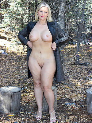 Beautiful nude grannies outdoors