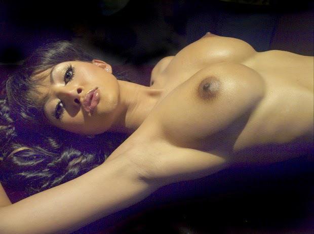 Poto telanjang cynthiara alona terbaru