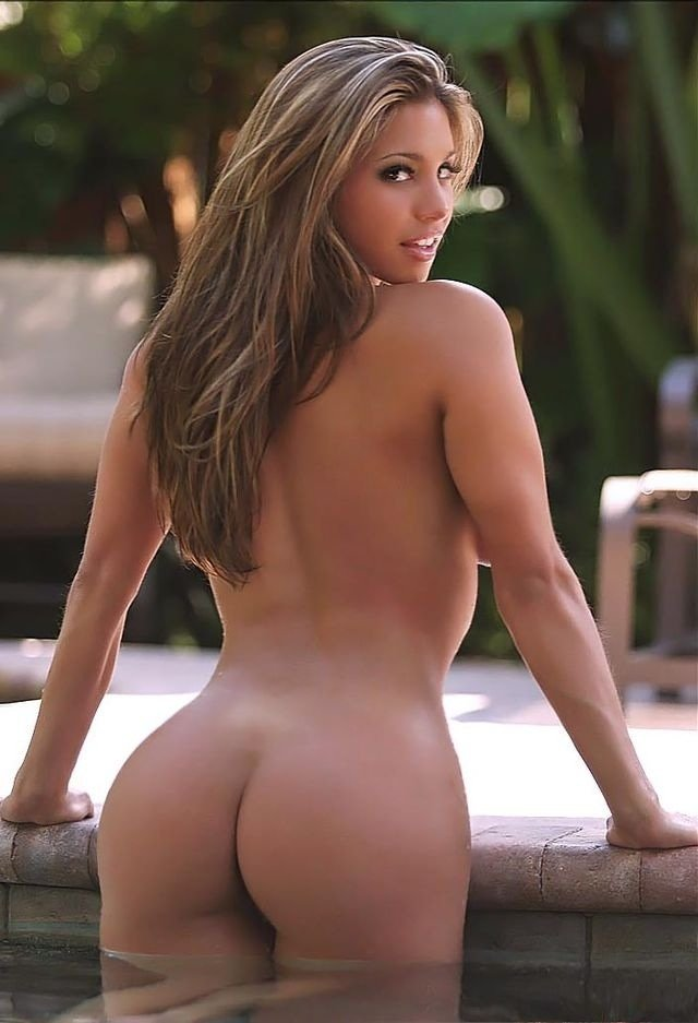 Sexy naked ass girl