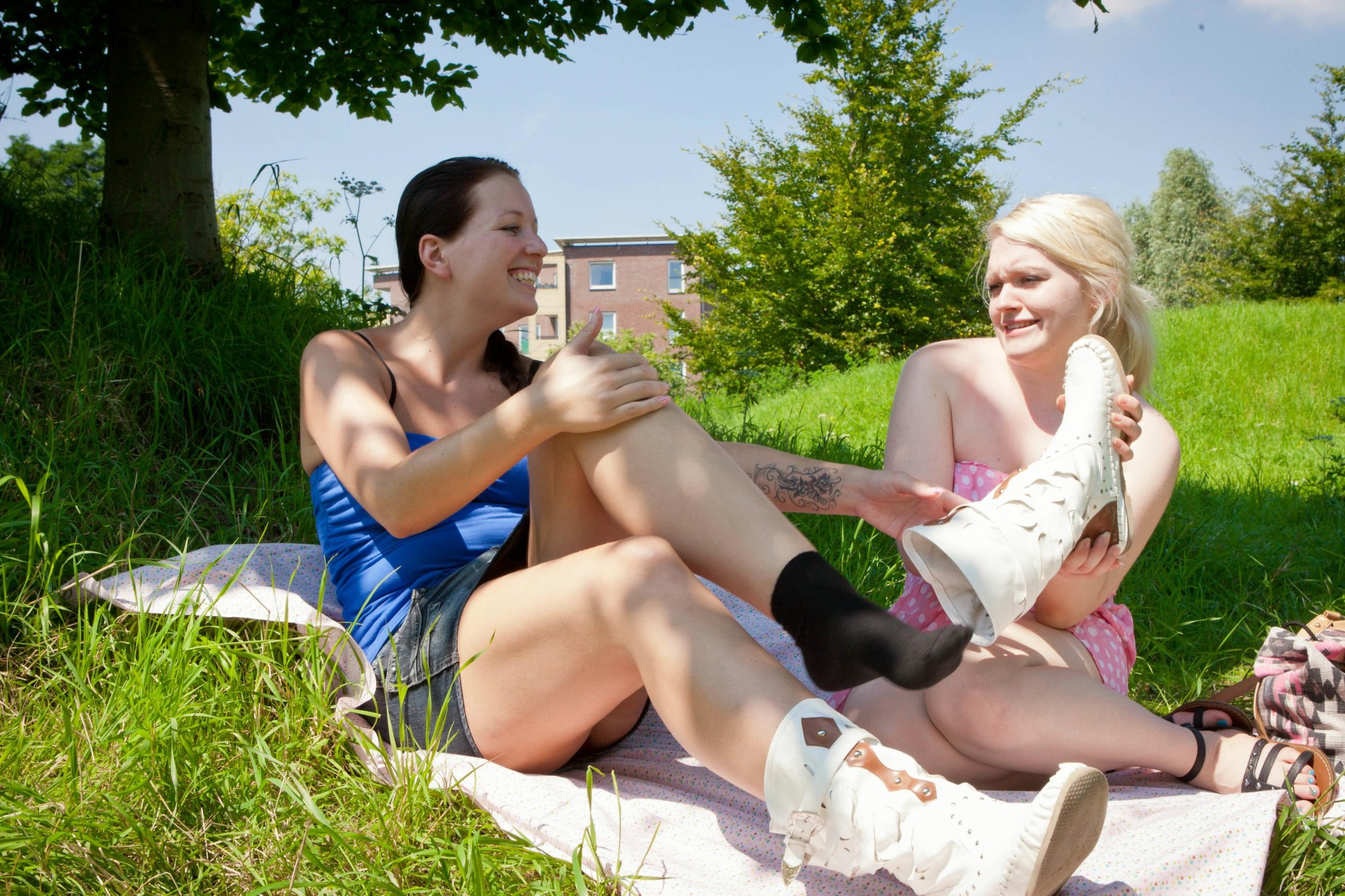 Naked girls outdoors lesbian sex