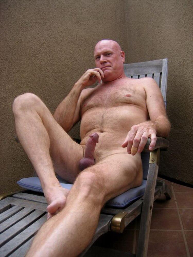 Amateur naked old men