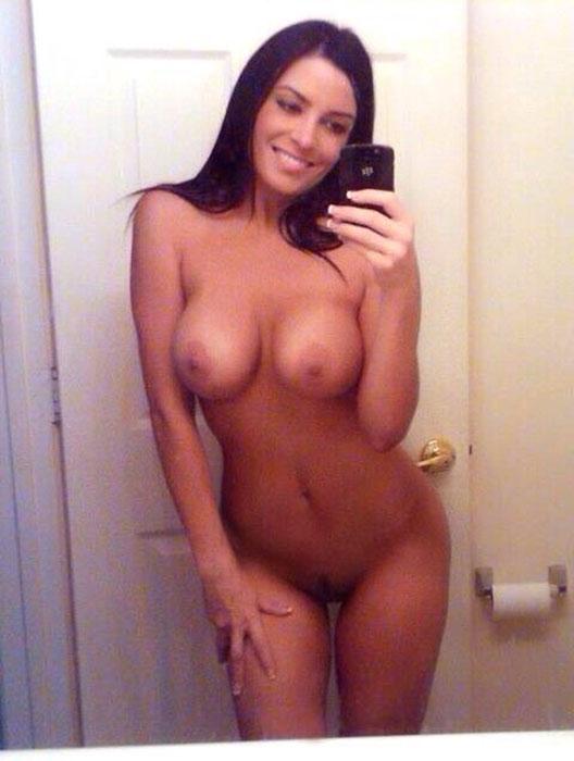 Sexy naked girl mirror selfie