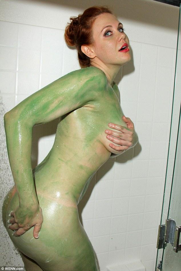 Green girl nude pics