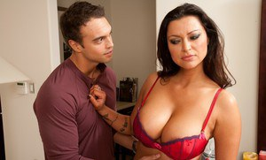 Pornography of pregnant women