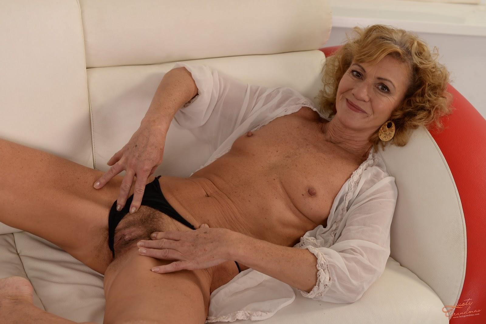 Skinny brown mature porn pics