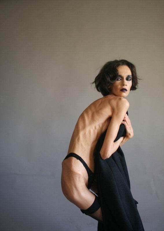 Naked skinny girls nude pics