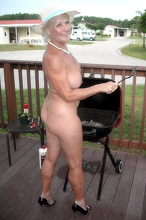Naked mature ass in public
