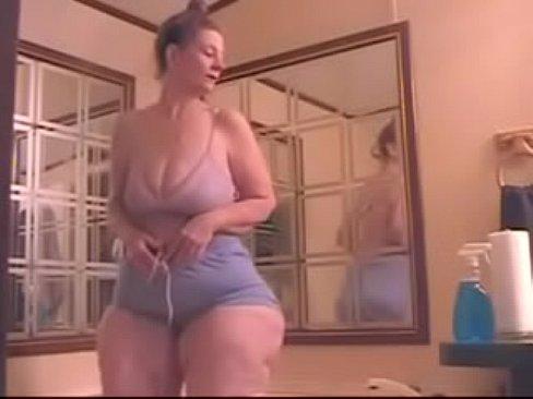 Big wide hips women x vedio