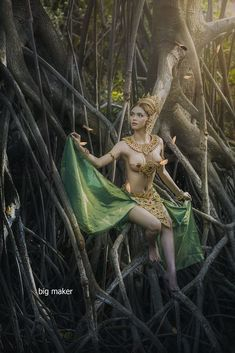 Asian jungle girl nude